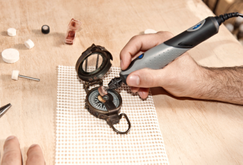 Difference between oscillating and rotary tool